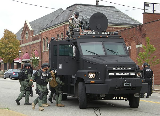 /dateien/gg30410,1268227872,police-state-death-ray-active-denial-system-g20