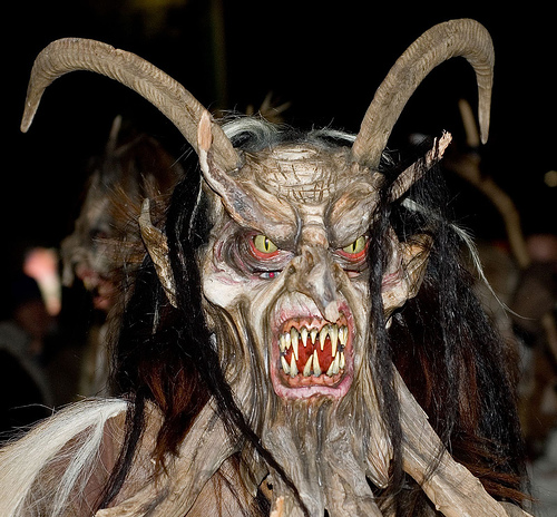 mg57103,1272960433,krampus2