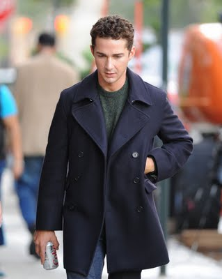 np66944,1288529765,shia-labeouf-walks-on-wall-street-03