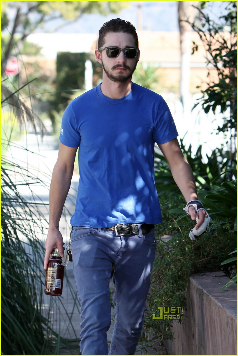 np66944,1288530460,shia-labeouf-iced-tea-03