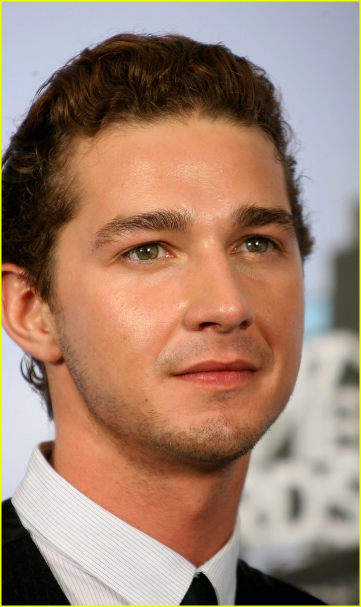 Shia-LaBeouf-mtv-movie-awards-2007-51