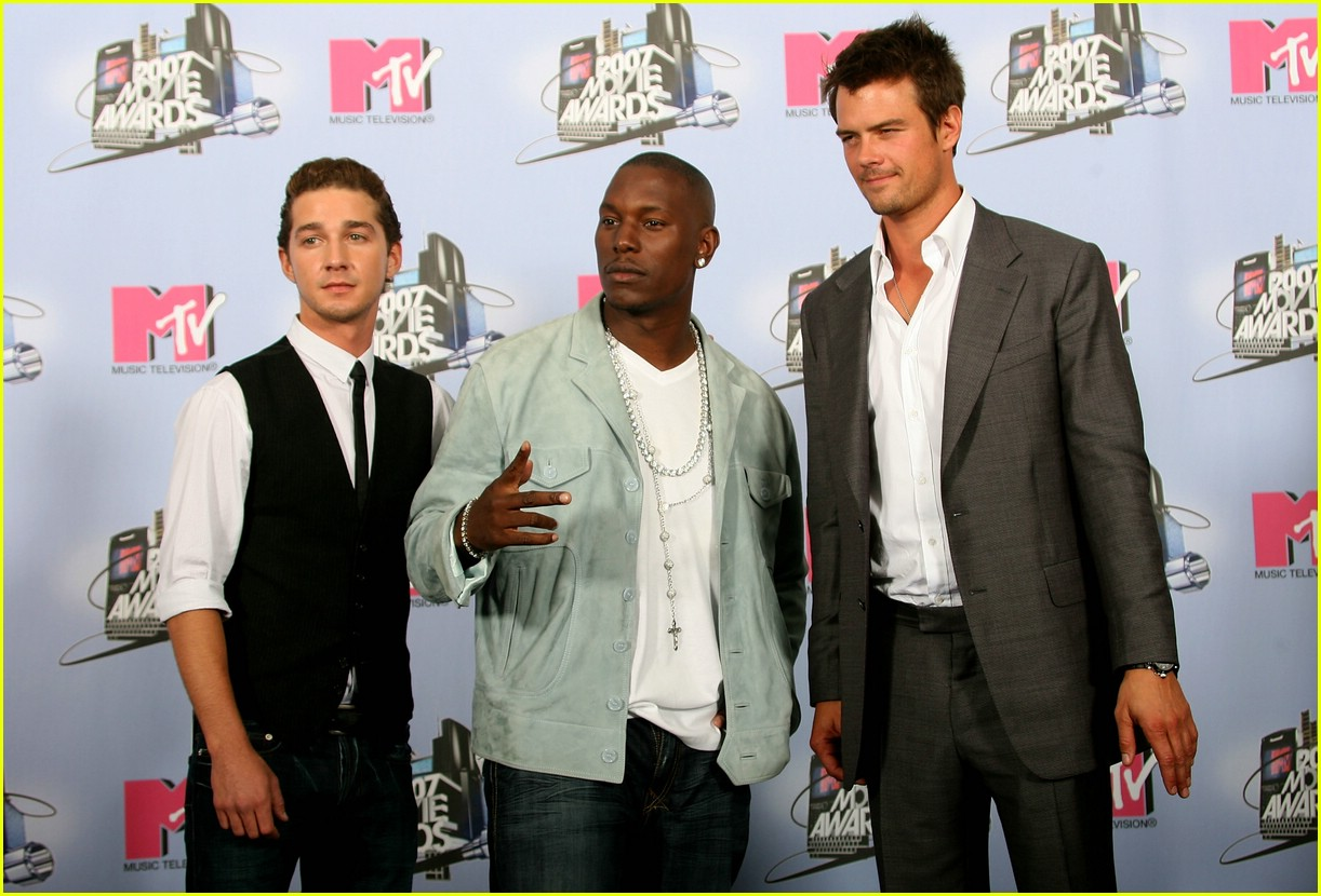 Shia-LaBeouf-mtv-movie-awards-2007-52
