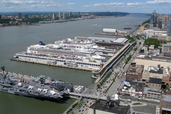 uf68617,1292280382,manhattan-cruise-terminal-600x400