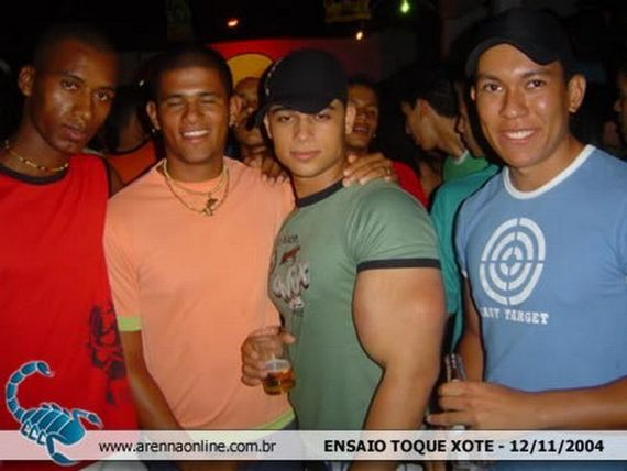 uh43048,1263940661,synthol-victims04