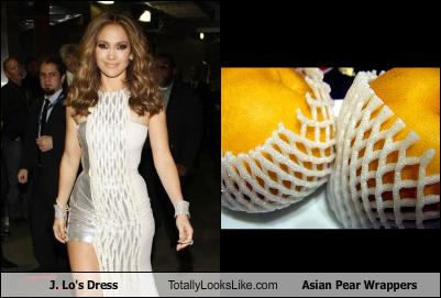 uh43048,1268301810,jlos-dress-totally-looks-like-asian-pear-wrappers