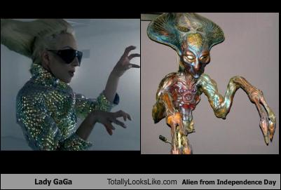 uh43048,1268302167,lady-gaga-totally-looks-like-alien-from-independence-day