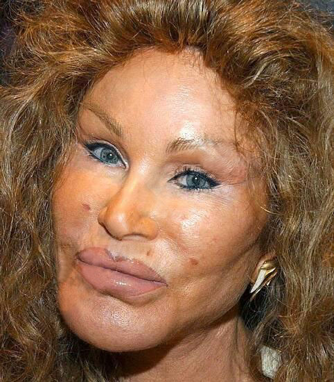 uh43048,1274570470,jocelyn-wildenstein-close-up