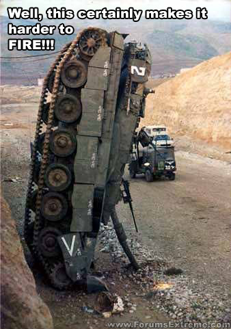 uh43048,1275252995,63151-funny pictures general tank accident