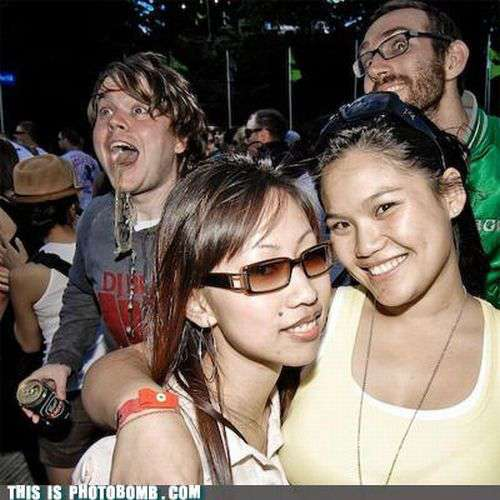 uh43048,1288607107,Funny-Photobombs-Part-6 01