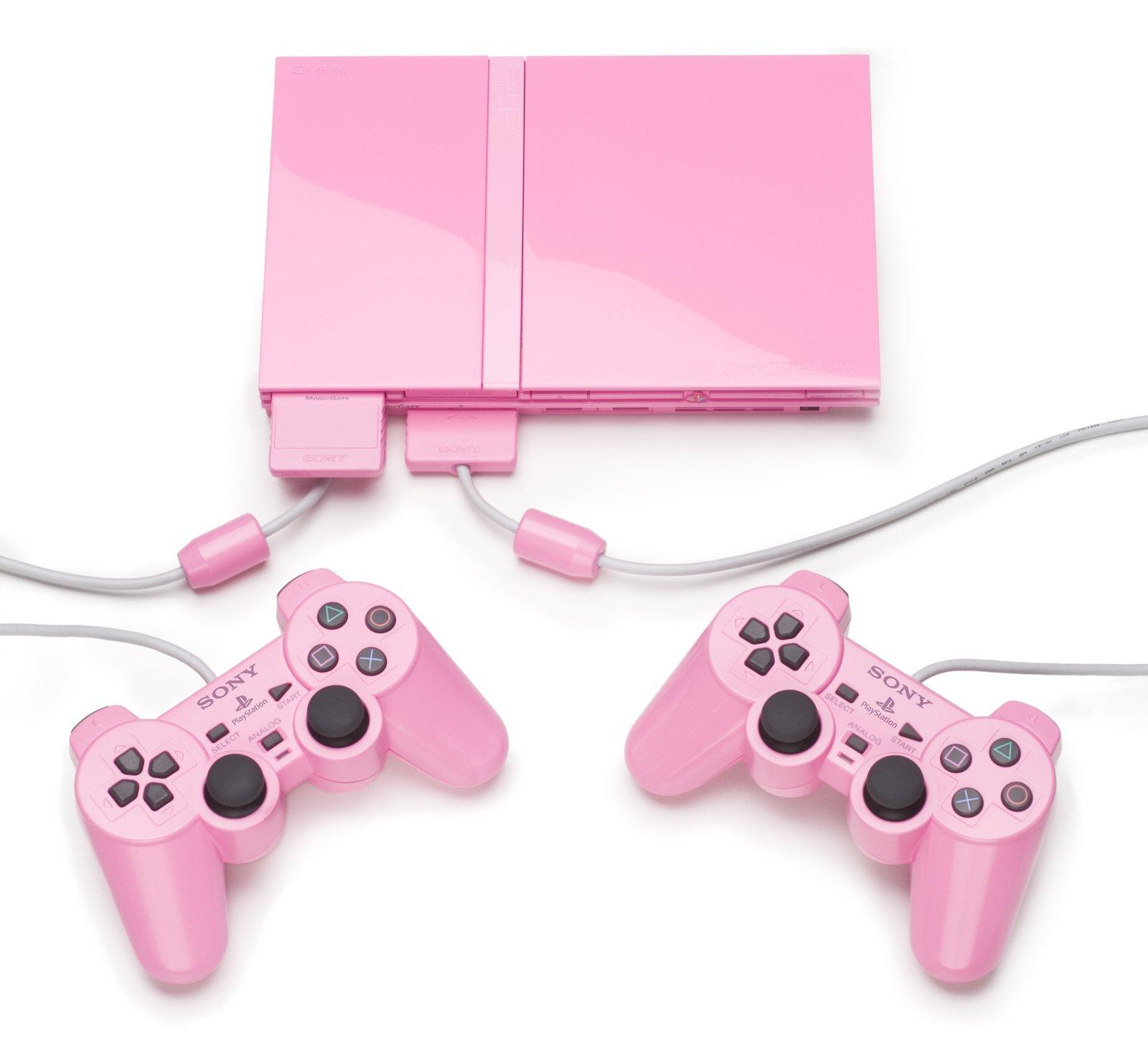 Британский подросток, купивший на интернет-аукционе eBay PlayStation 2