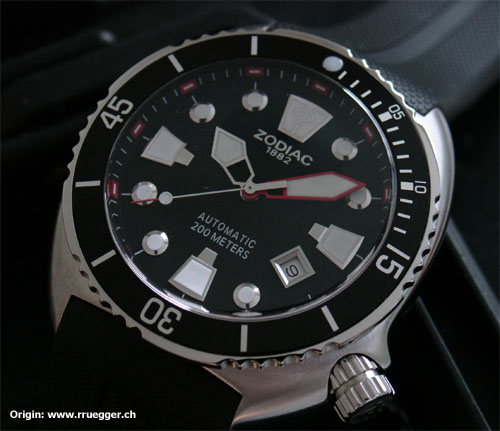 uh63338,1276352438,zodiac divers club 200 frontal