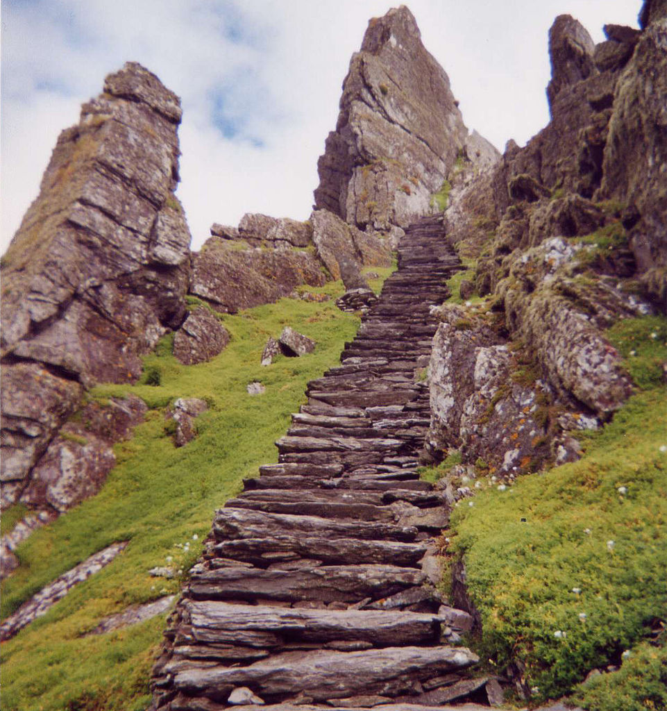 Ireland-travel-Irish-Skellig-Michael-Lothann
