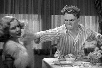 uh67644,1289485168,325px-Grapefruit-james cagney-mae clark21a
