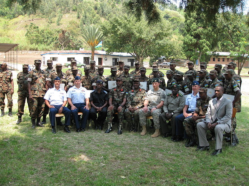 vo64967,1284561045,800px-Military training for Rwanda