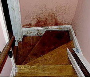 stair blood4