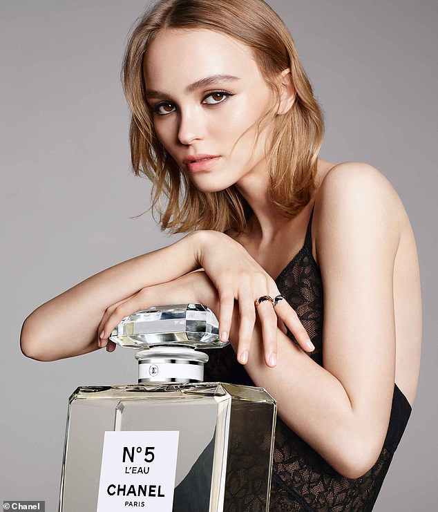 Lily Rose Depp Chanel No 5