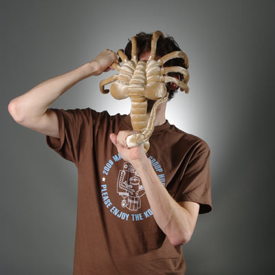 alien-facehugger-plush