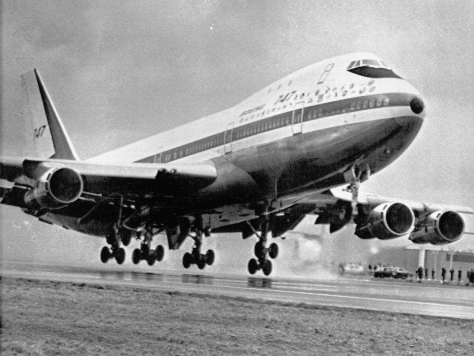 in-the-late-1960s-a-group-50000-boeing-e