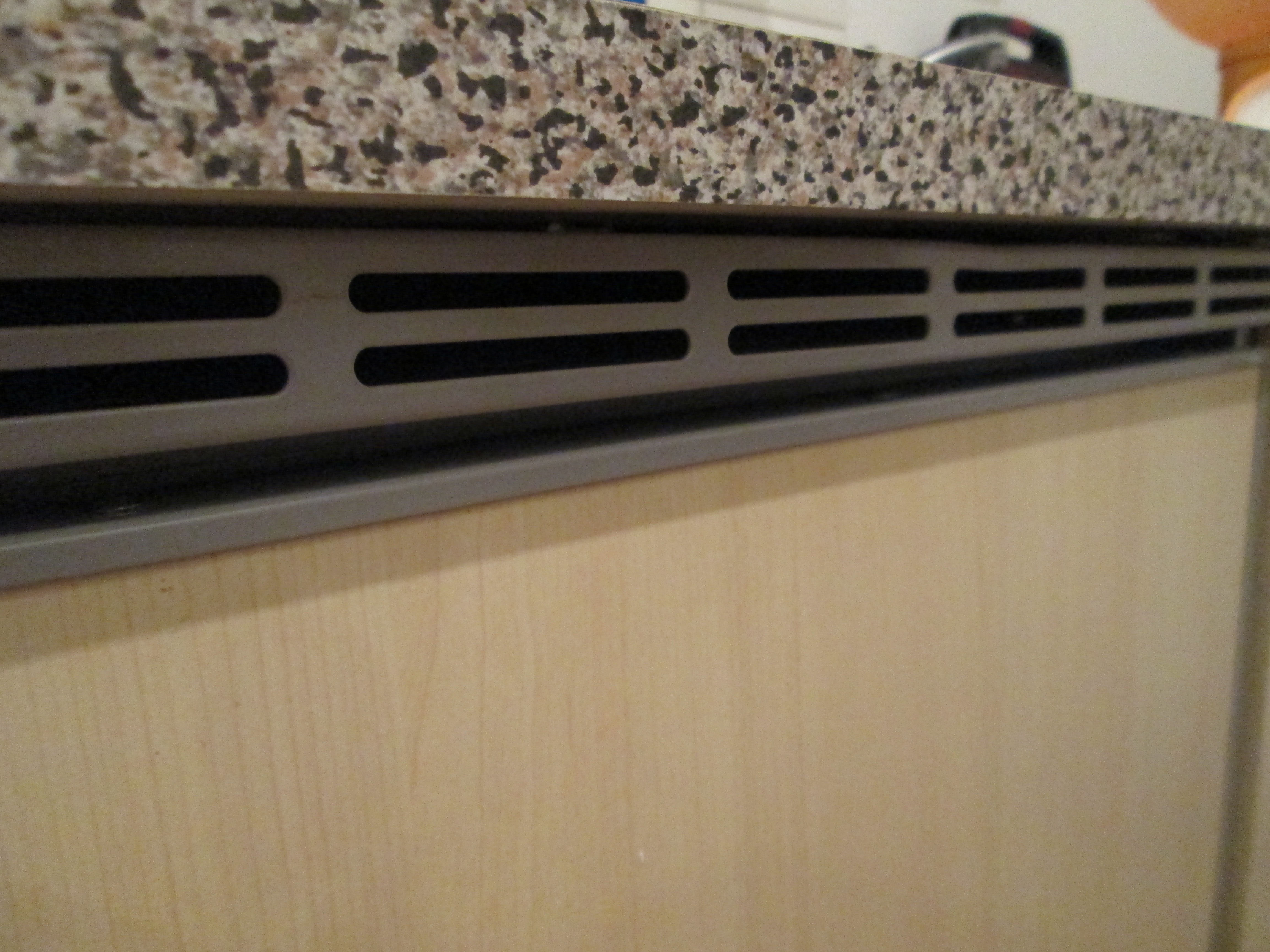 Mini Kühlschrank Bei Real : Kühlschrank real möbel design idee für sie u eu e latofu