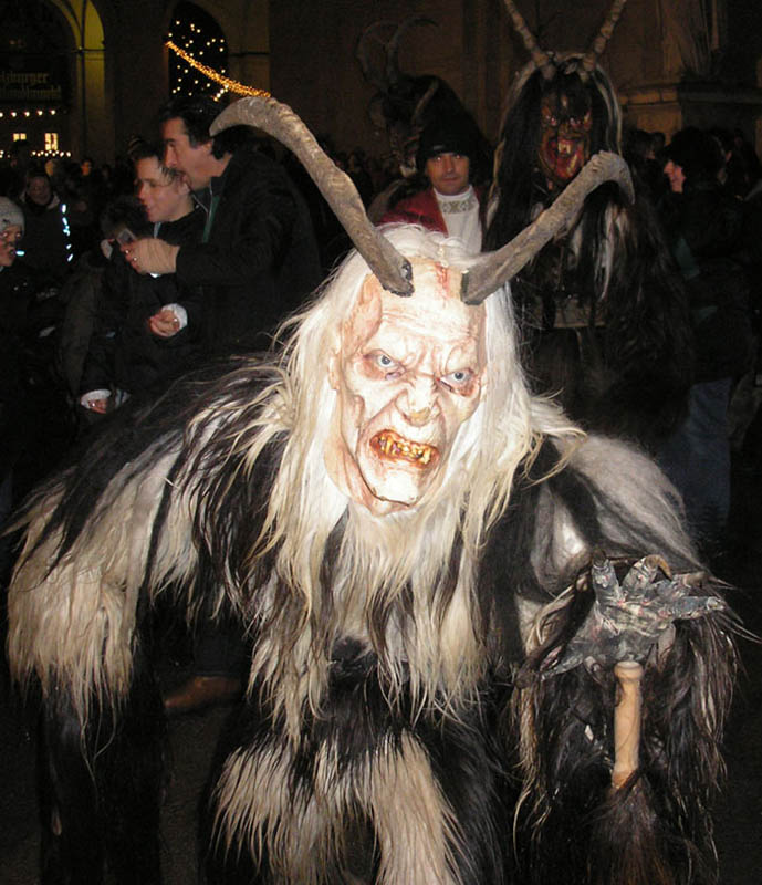 mt562381252009570krampus