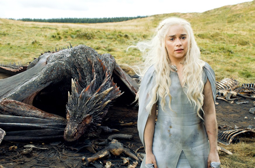 game-of-thrones-daenerys-003-470x3102x