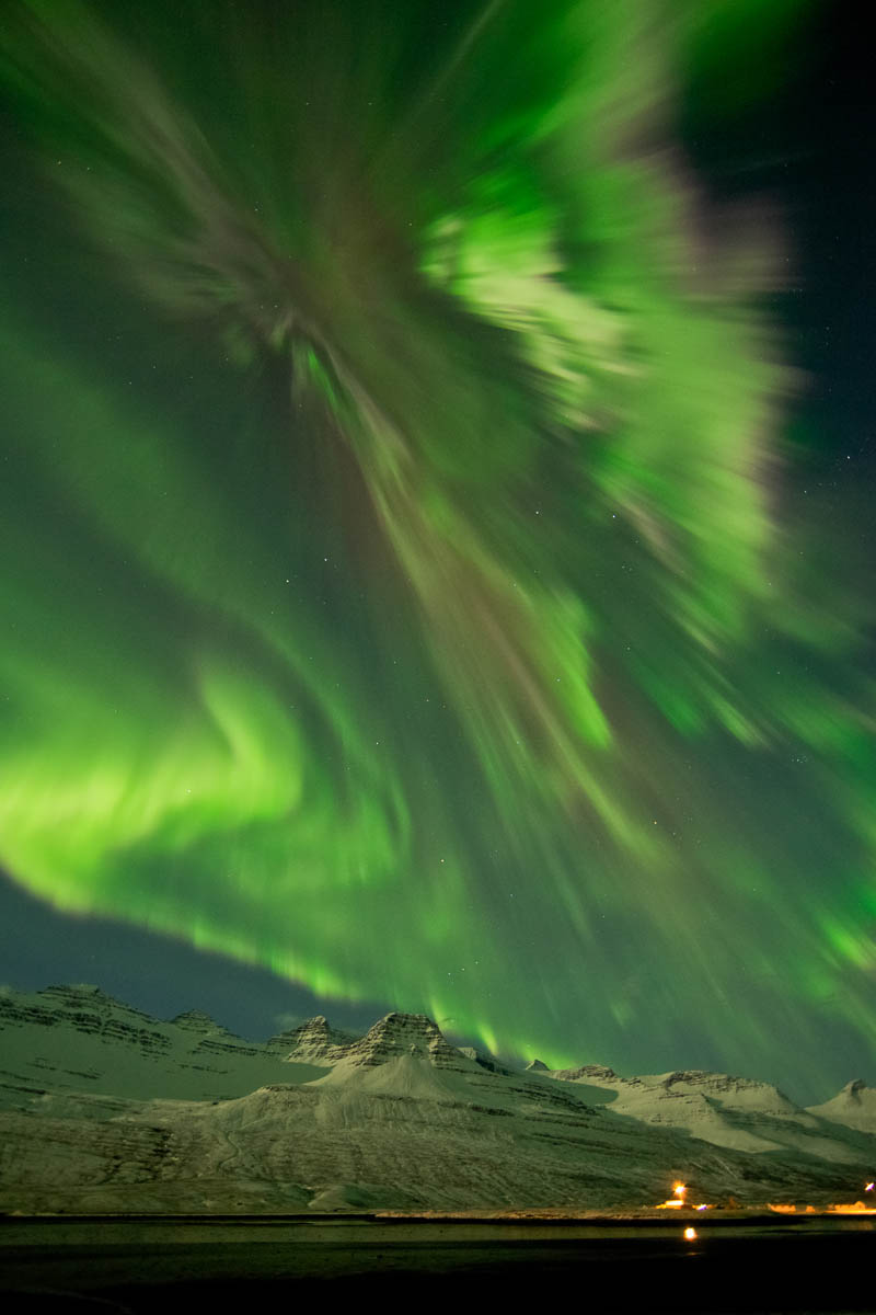 northern-lights-aurora-borealis-in-icela