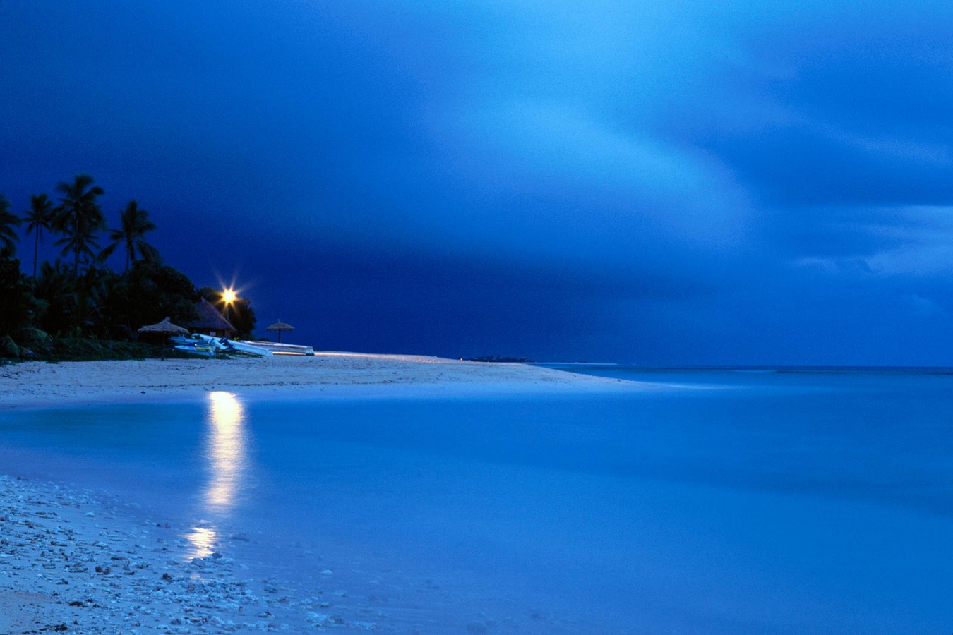 Fiji-Islands-at-Dawn-time-lights-on-the-