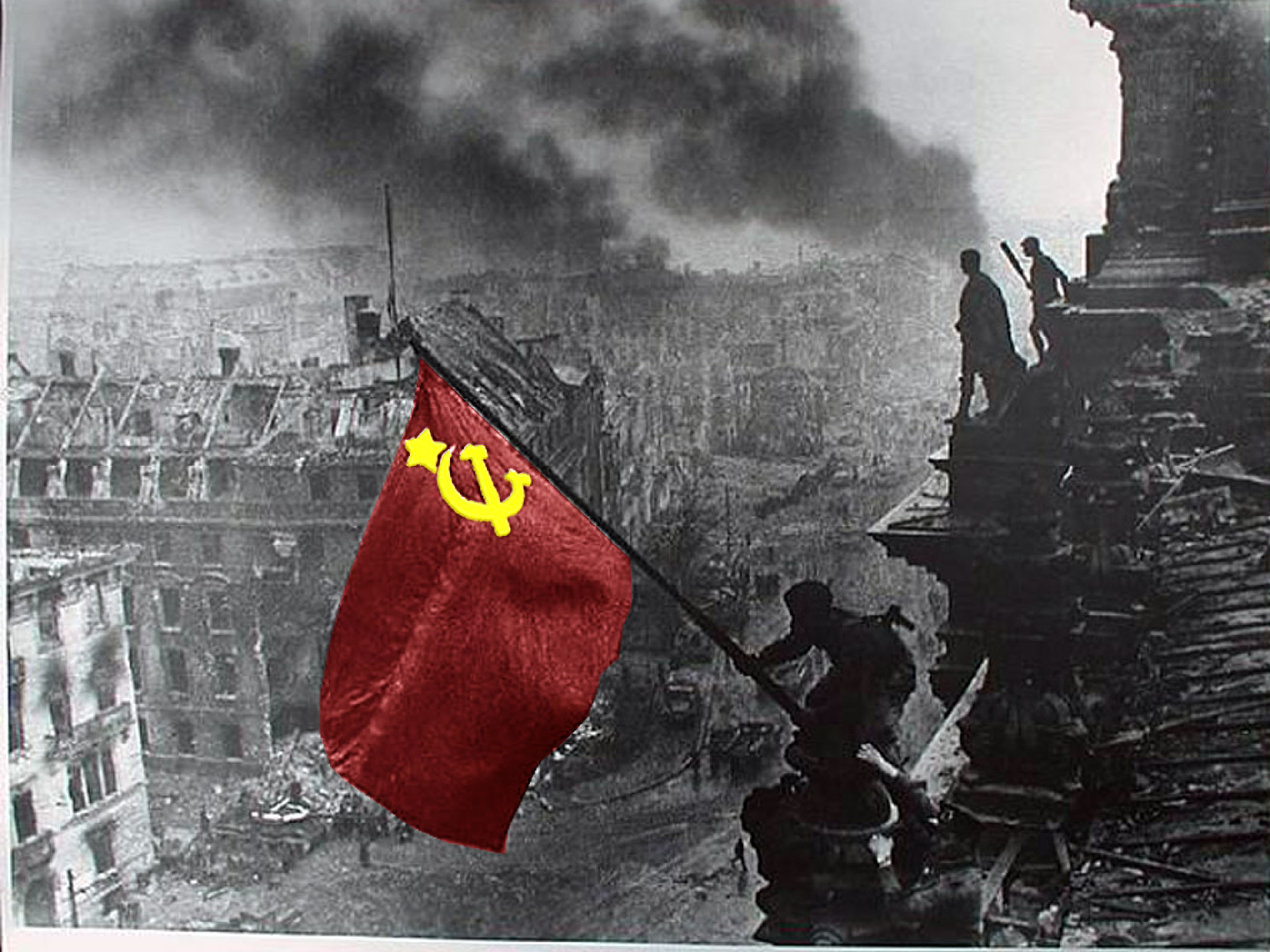 soviet flag at reichstag