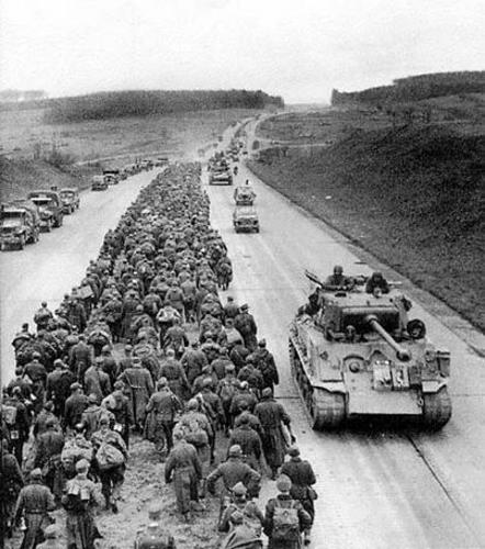 WW2 German prisoners on Autobahn 20 122