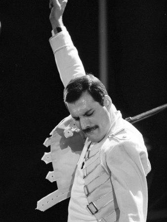 queen rock group freddie mercury in conc