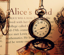 alice-in-wonderland-clock-cool-photograp