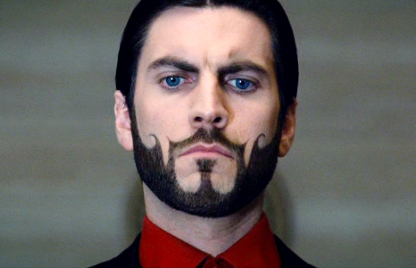 the-hunger-games-seneca-crane-beard