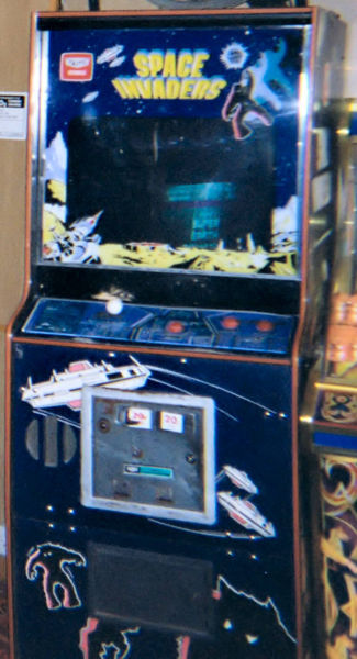 t3rX1rn 325px-Space Invaders cabinet at Lyme Reg