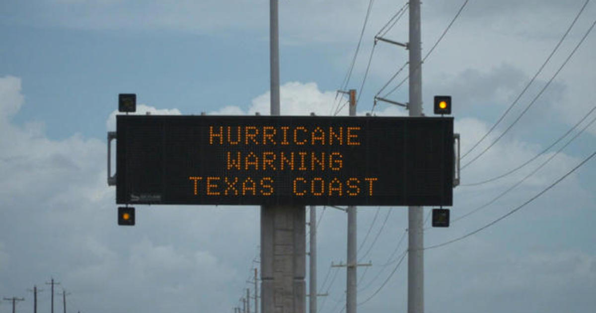 0825-ctm-hurricaneharvey-begnaud-1382440