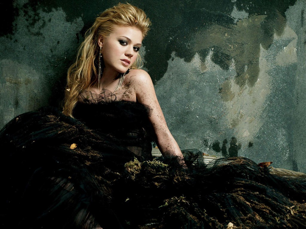 Kelly Clarkson Break Away