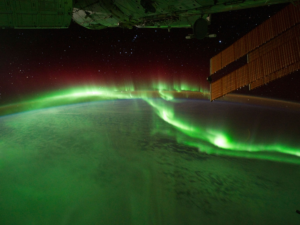 aurora-australis-viewed-from-internation