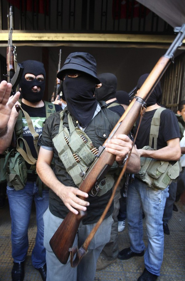Syrie : quelques armes locales ! T76e11d_m1-garand-syria