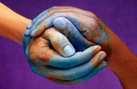 t8W1pP8 holding-hands-peace-planet-earth-painted