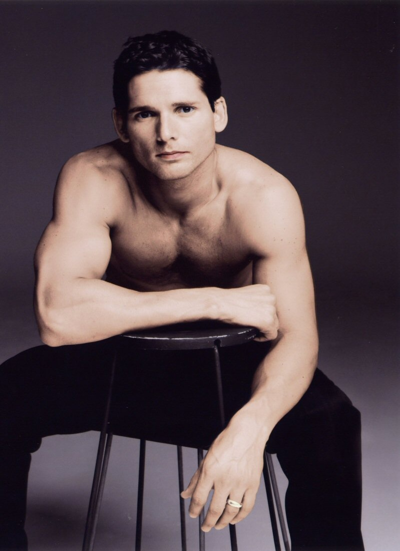 Eric-shirtless-eric-bana-48963 799 1100