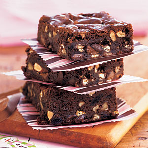 kitchen-sink-brownies-oh-1923548-l