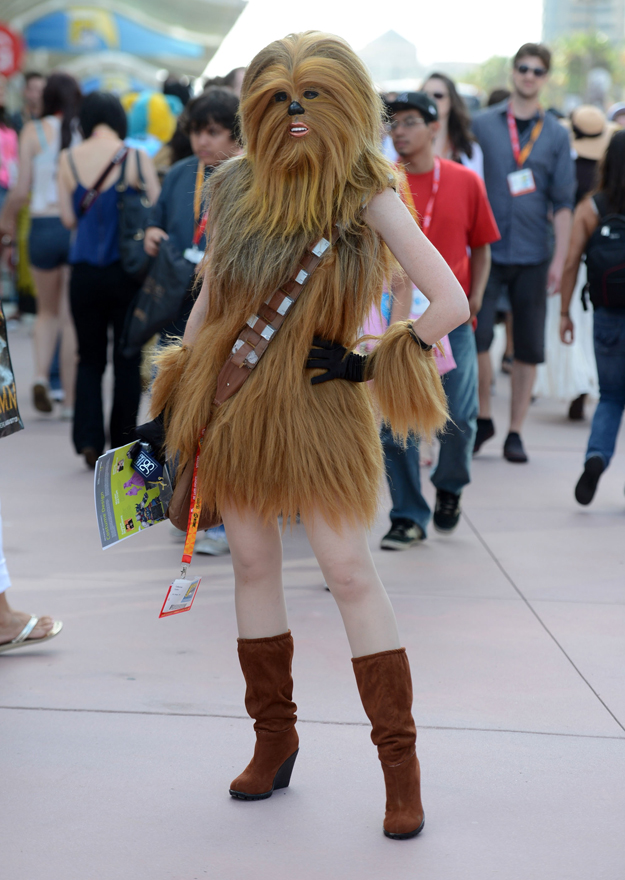comic-con-2012-cosplay-chewbacca-girl