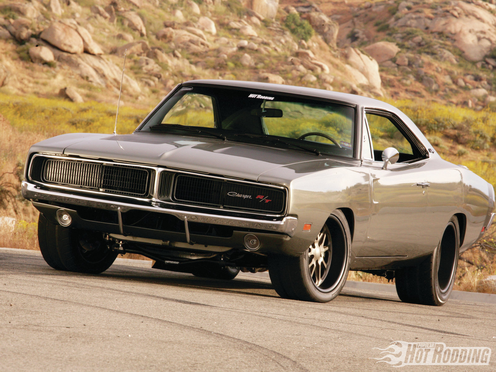 1109phr-012B1969-dodge-charger2Bfront-le