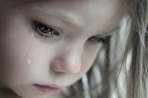 t9eINoG cryingangelchildcutetearsmyworld-fb2fece