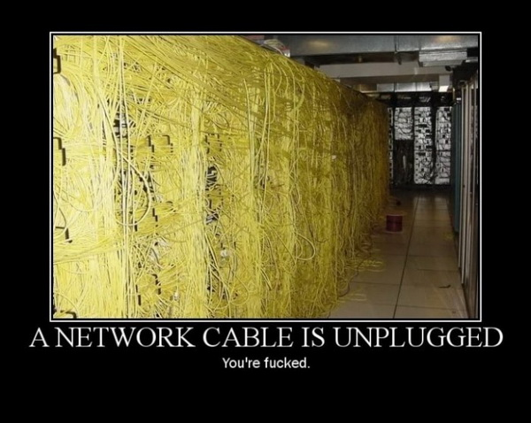 tCcXyQ8 A-network-cable-is-unplugged
