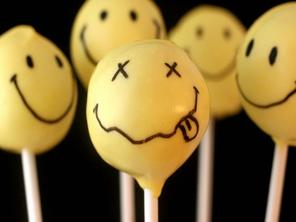 tGU4jXD Nirvana logo smiley Wallpaper 7hcvq
