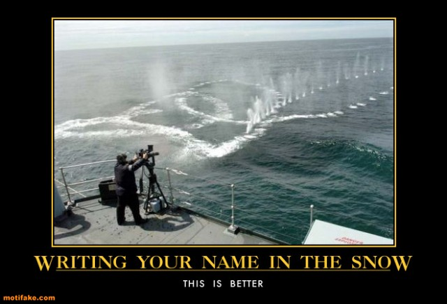 tITFpU7 writing-your-name-in-the-snow-navy-minig