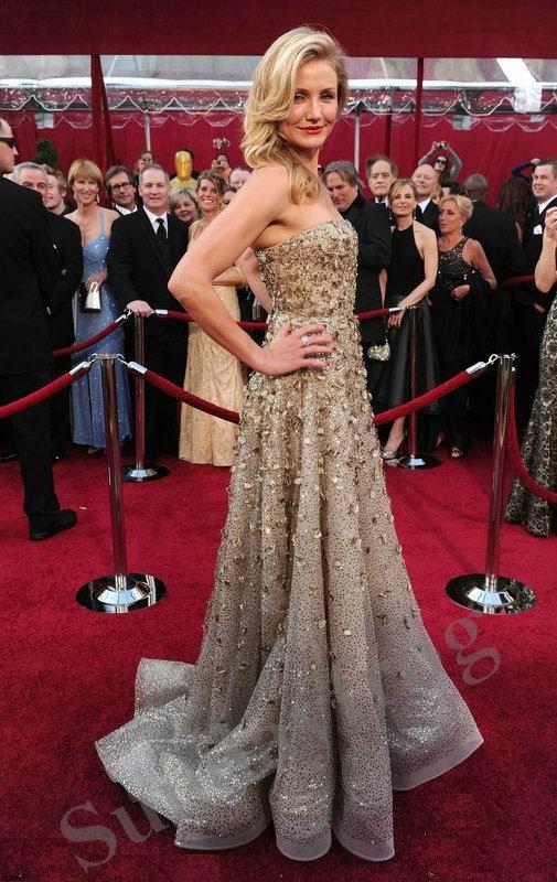 Красные платья голливудских звезд