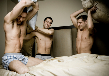 pillow-fight-gay