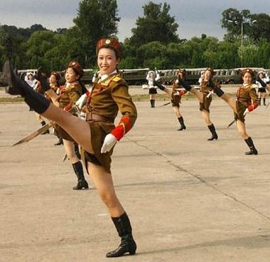 tNCVlNt ToF4dt north korean army babes md