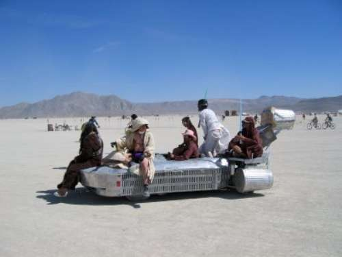 burning man 500 star wars art car4wtmk.j